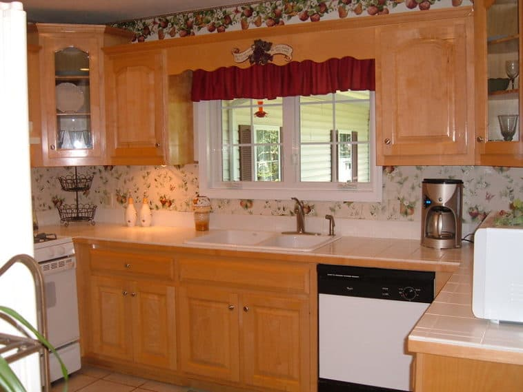 Manufactured Home Kitchen Cabinets 2021 Guide For The Diy Homeowner Manufactured Home Parts And Accessories